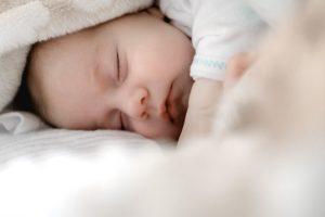 Somnul odihnitor, cheia pentru o sarcină sănătoasă. Cum îl obținem?
