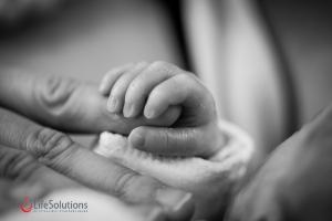 Nașterea la 8 luni. De ce se spune că nu este bine să naști la 8 luni de sarcină?